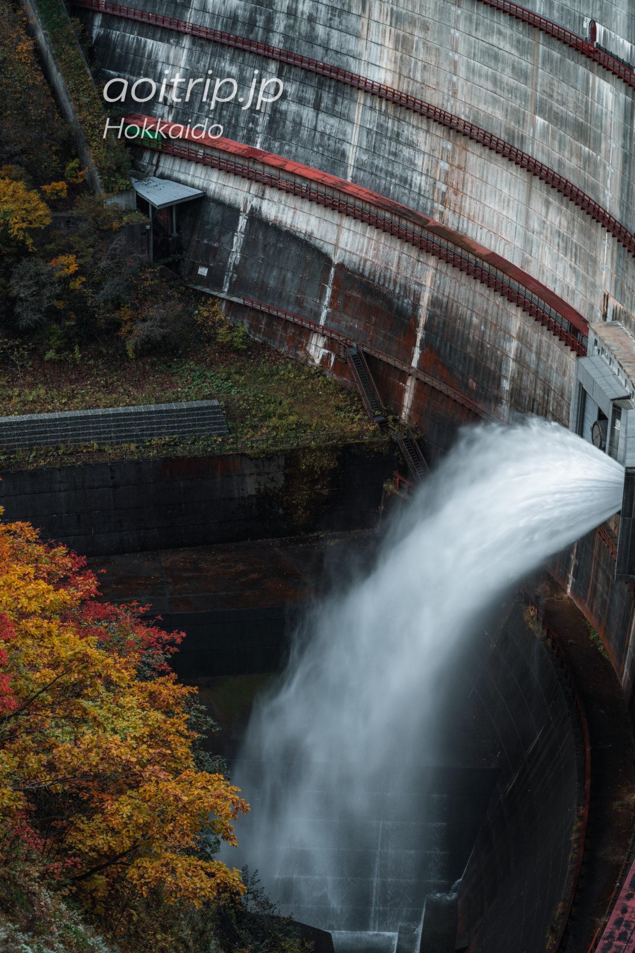 豊平峡の紅葉と湖 Hoheikyo, Hokkaido