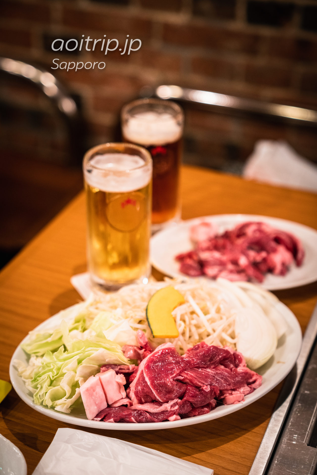 ビヤケラー札幌開拓使の生ラムジンギスカンと生ビール