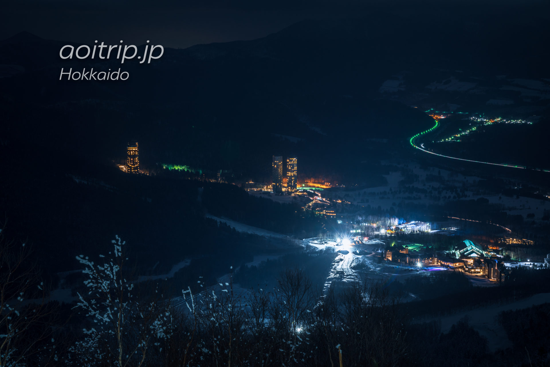 夜の霧氷テラスライトアップ 星野リゾートトマムの夜景
