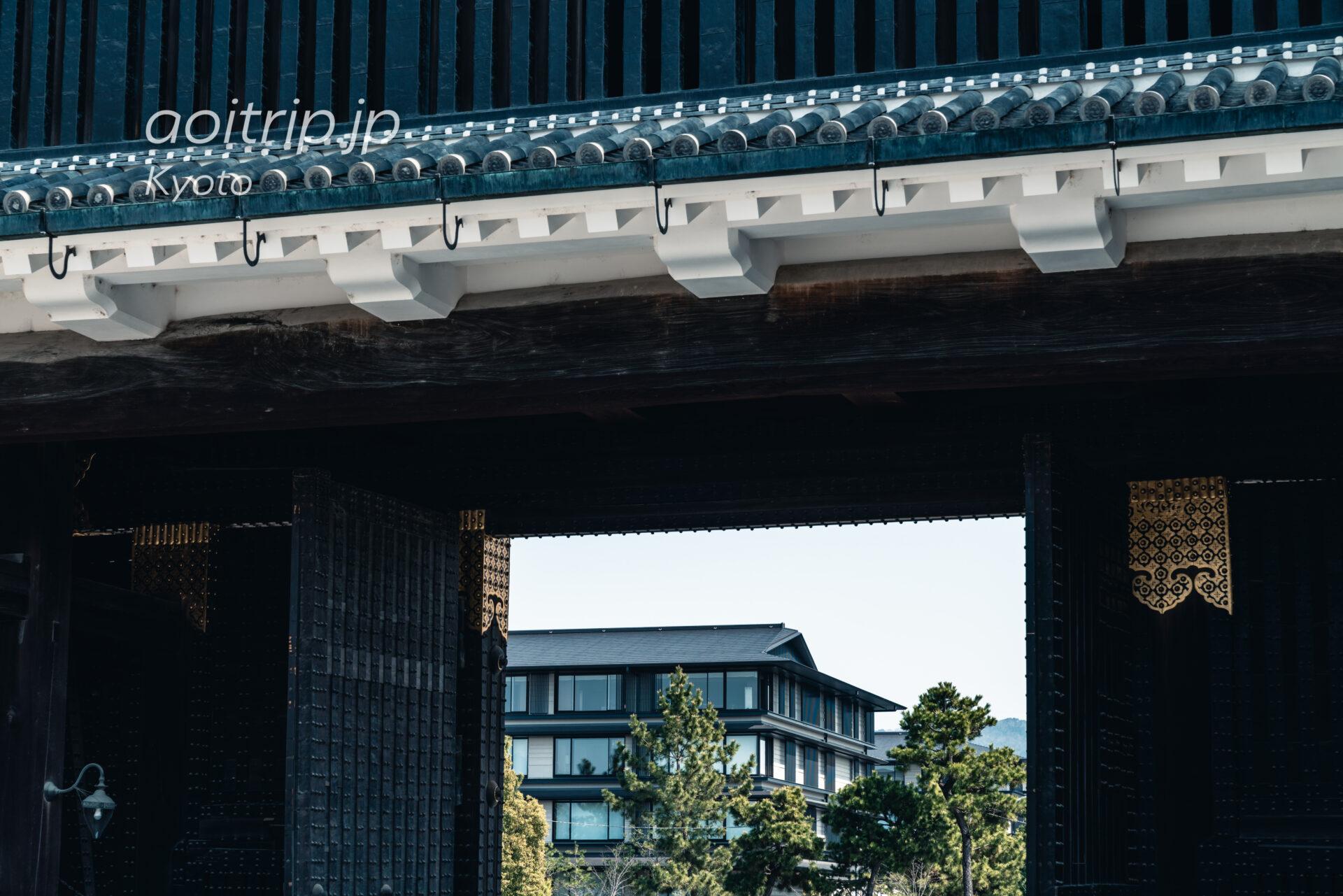 京都二条城からHOTEL THE MITSUI KYOTOを望む