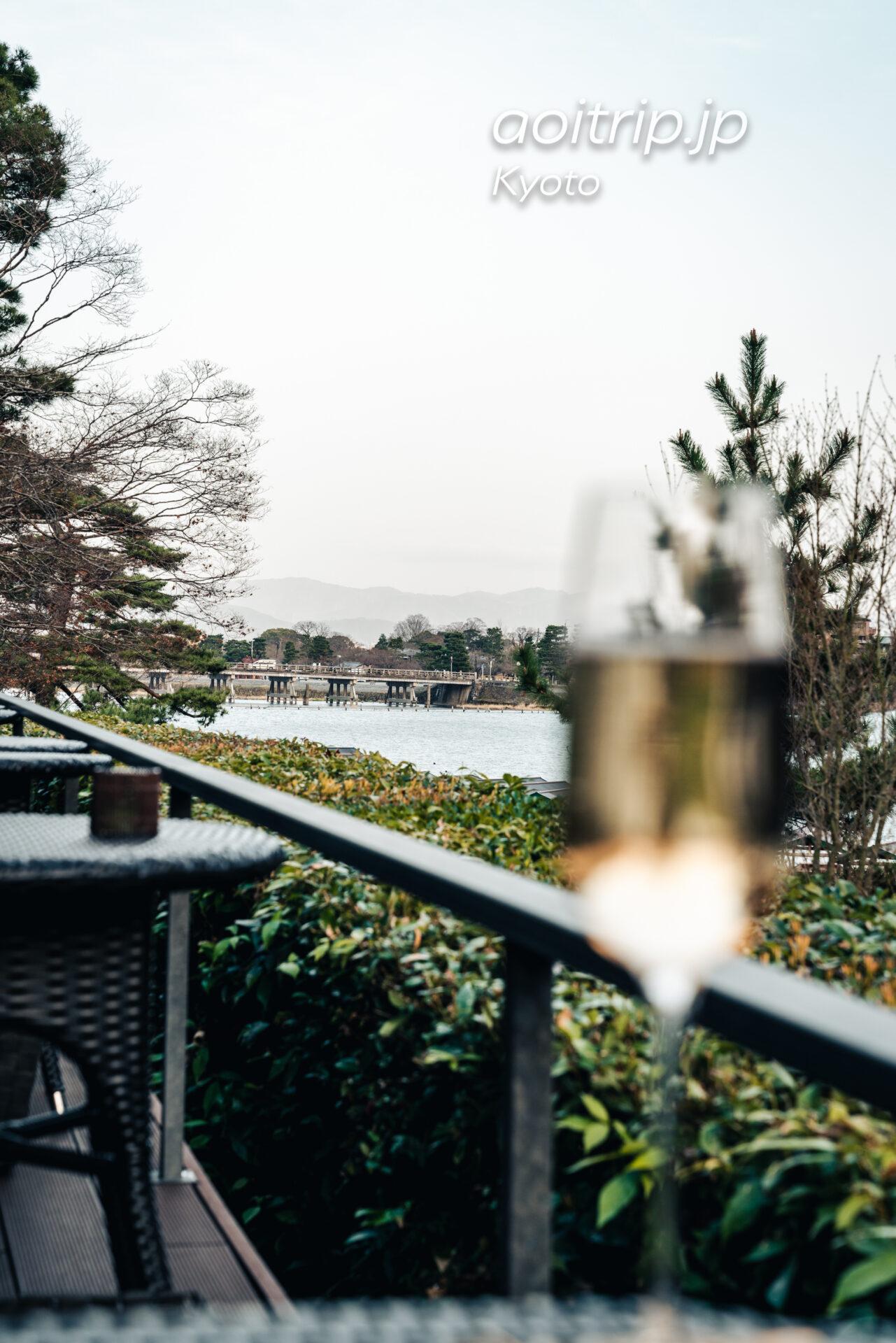 京都嵐山 茶寮八翠のシャンパン ディライトと渡月橋