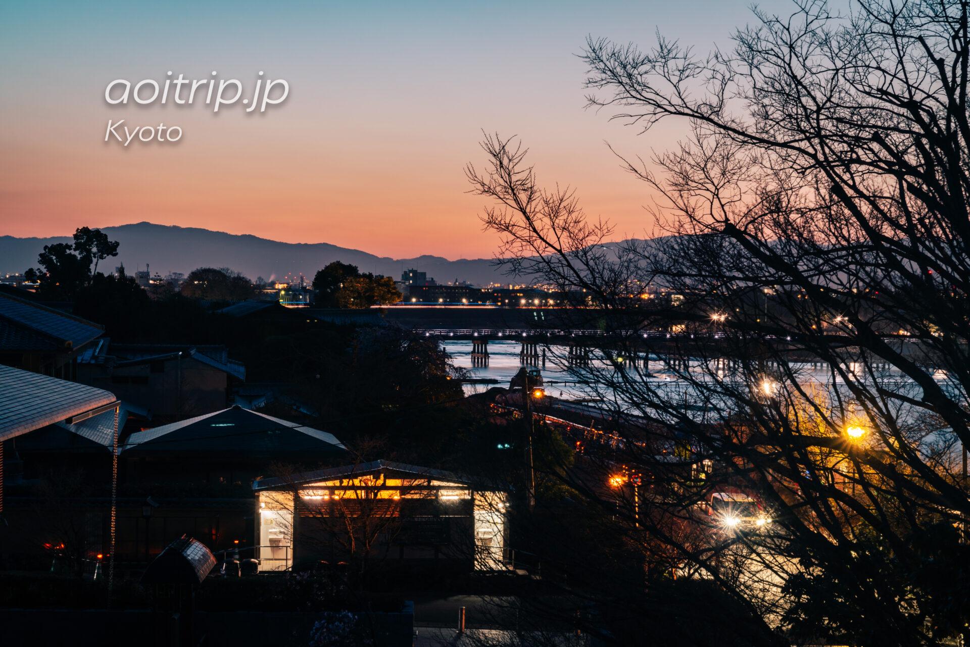 京都嵐山 夜明けの渡月橋