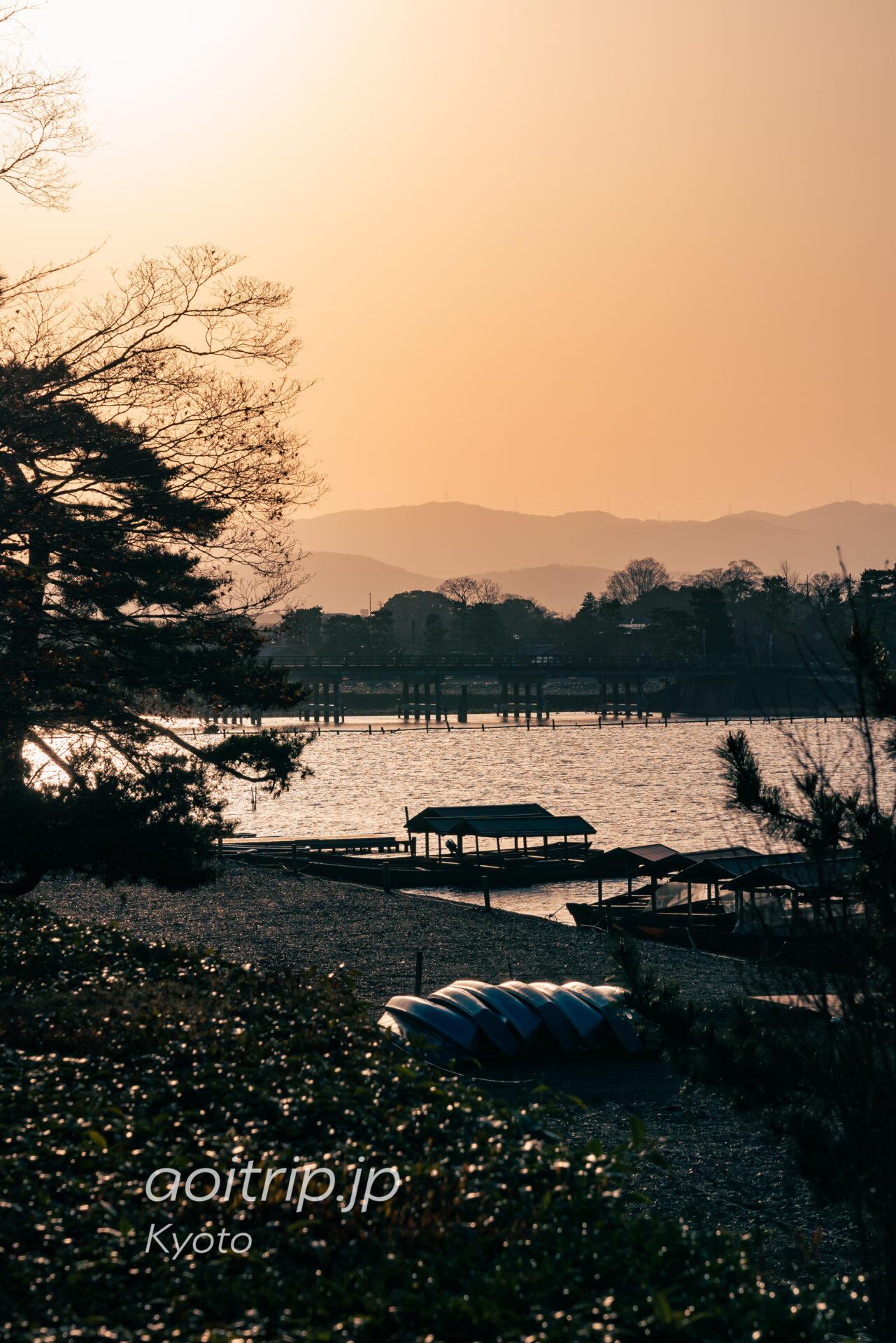 翠嵐ラグジュアリーコレクション京都の敷地から望む渡月橋 Togetsukyo Bridge