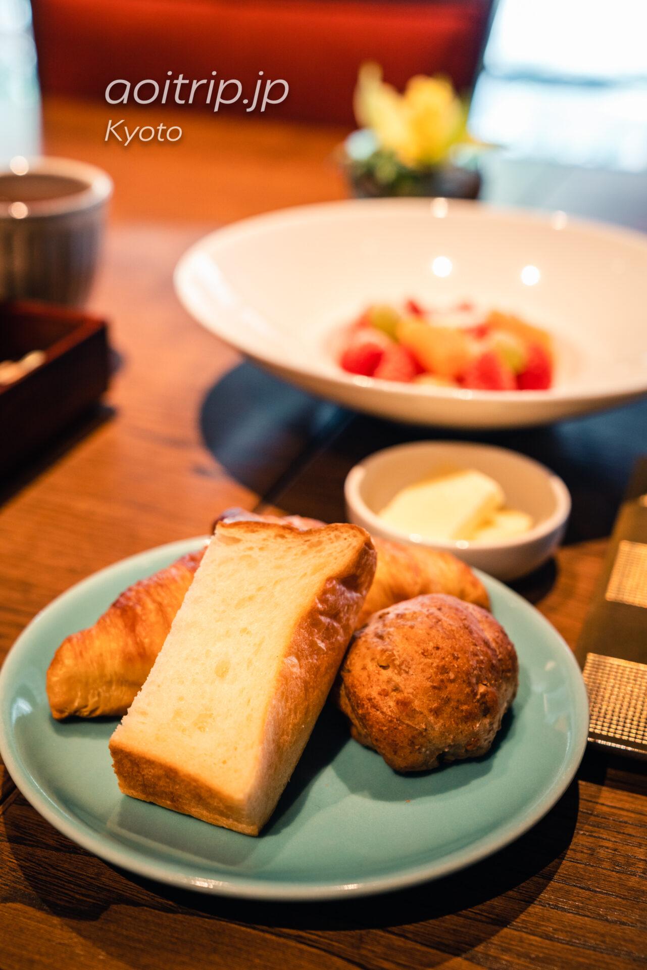 翠嵐 ラグジュアリーコレクションホテル 京都 レストラン京翠嵐の朝食 パン