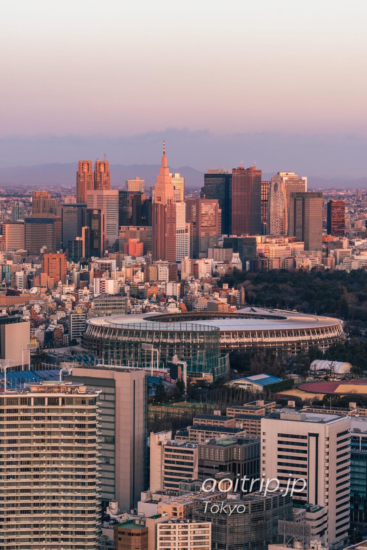 ザリッツカールトン東京から望む新宿副都心と新国立競技場