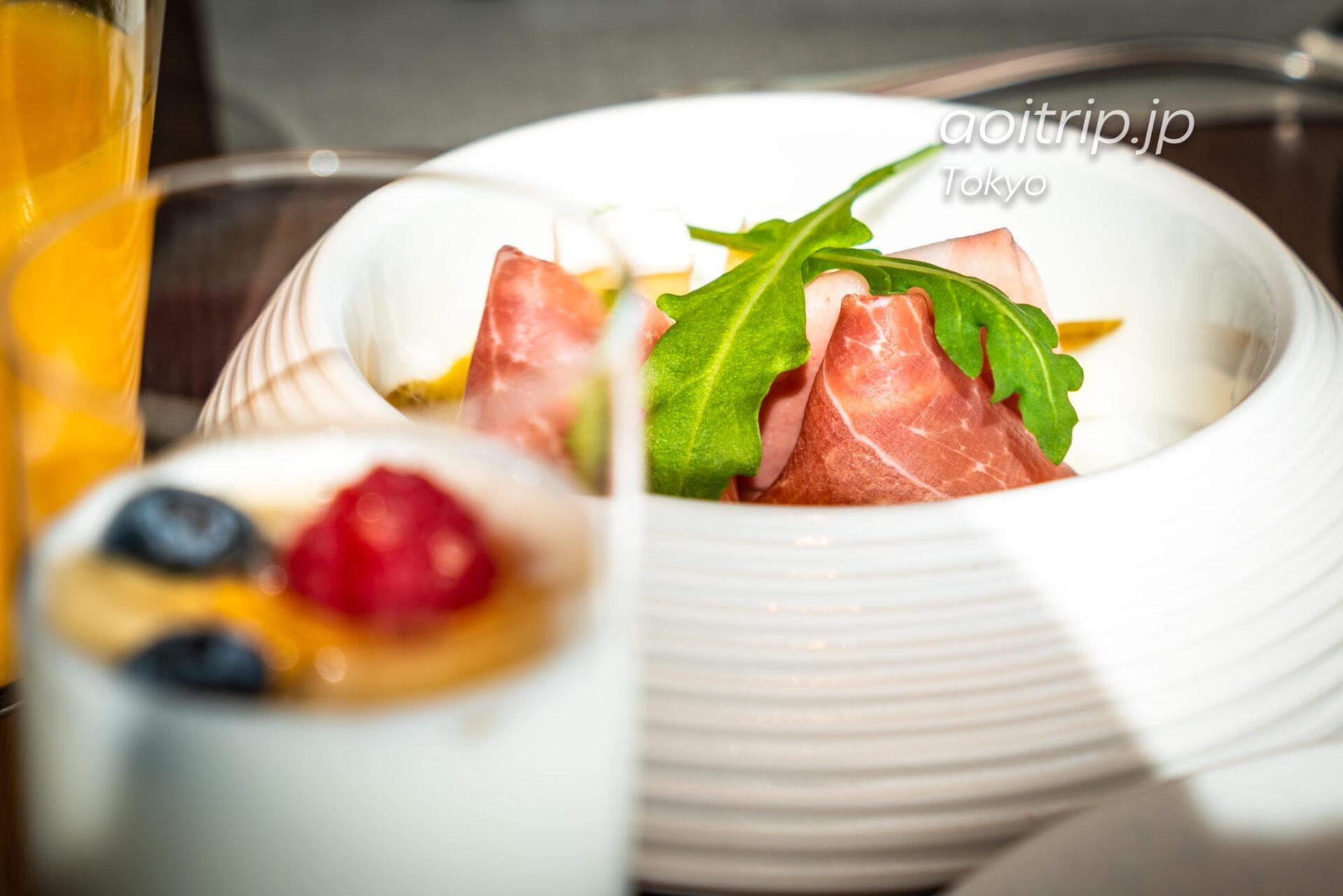 ザ リッツ カールトン東京の朝食 生ハムのサラダ
