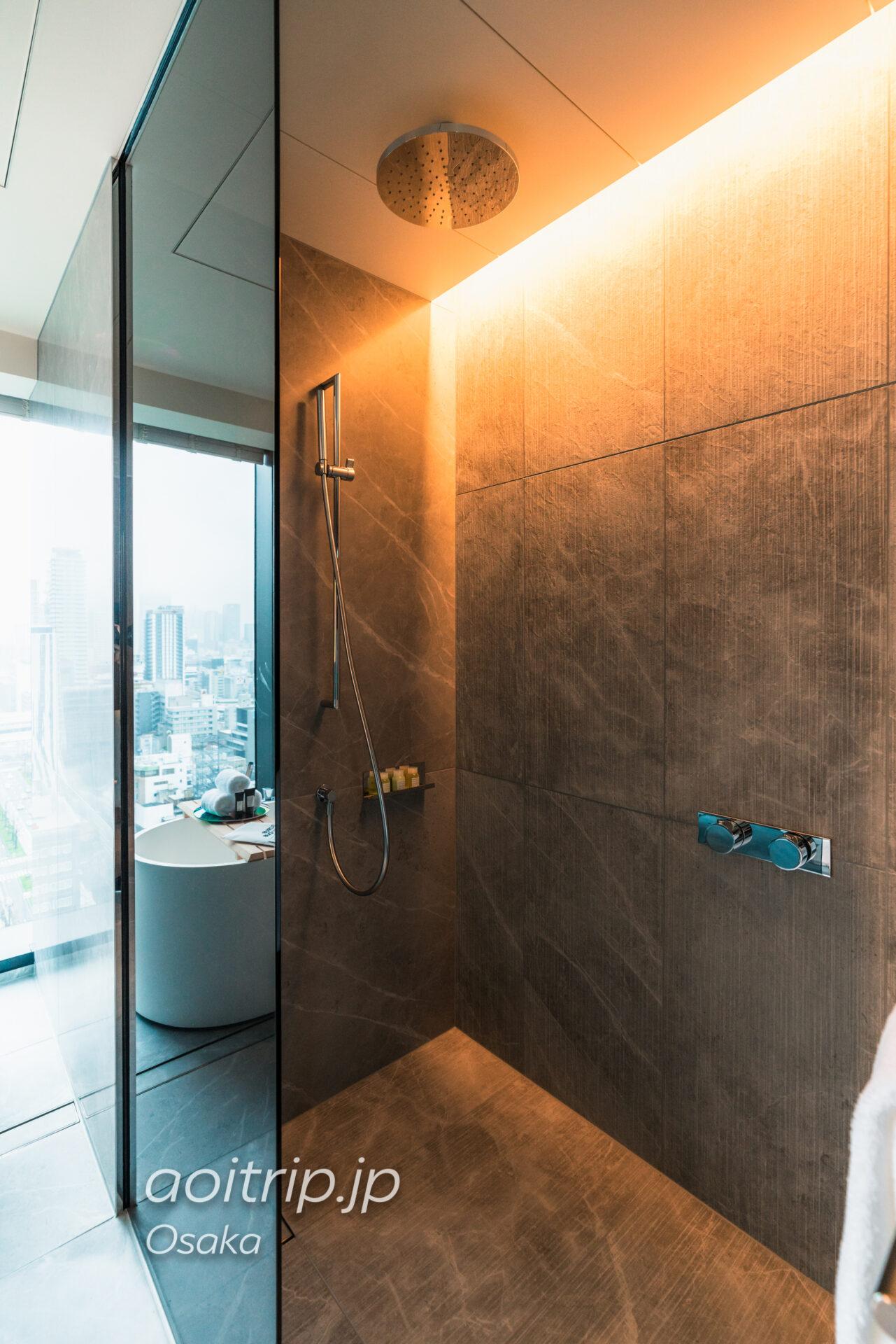 W大阪 シャワールーム