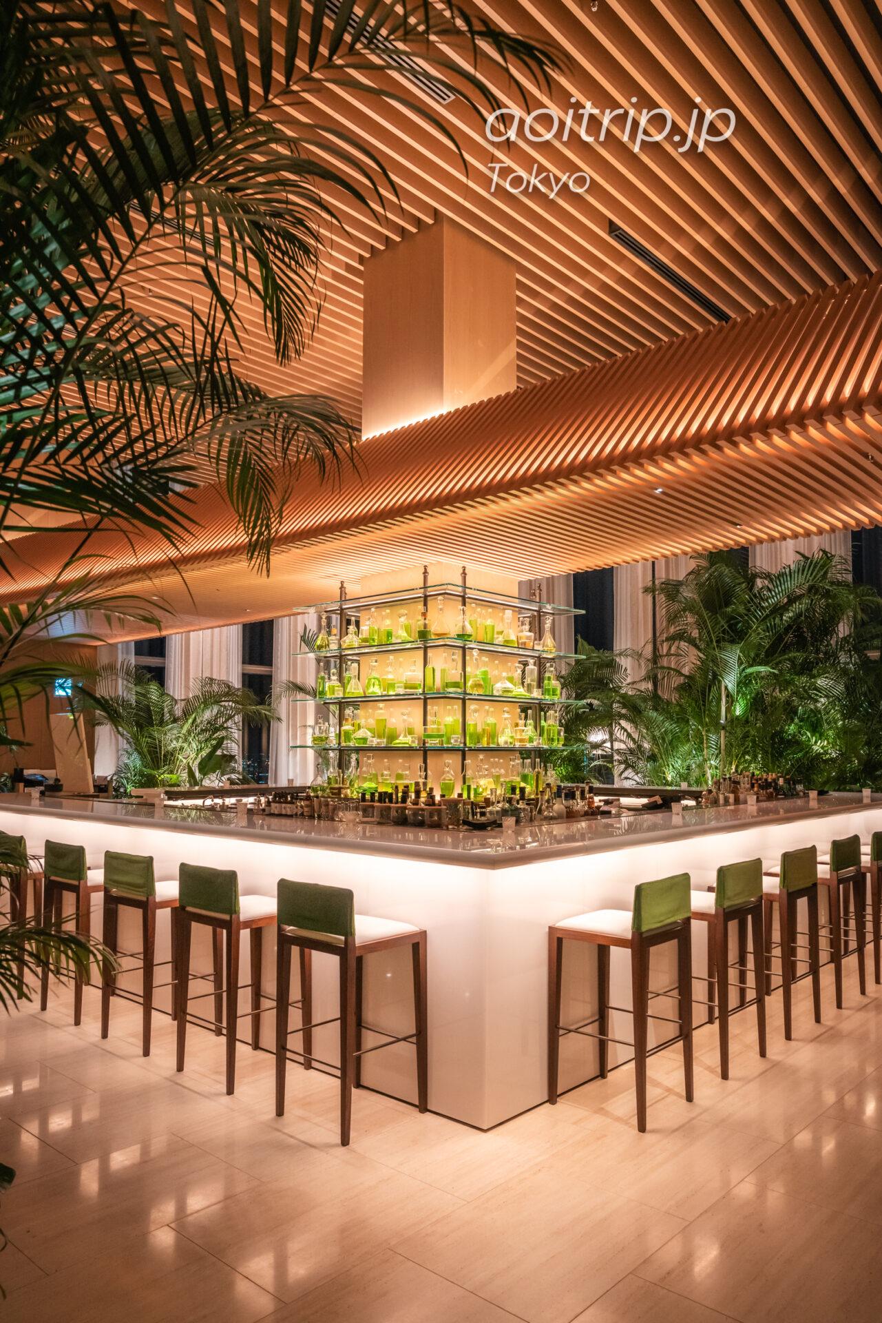 東京エディション虎ノ門 建築家 隈研吾氏が設計した寺院から着想を得た天井部の「大和張り」