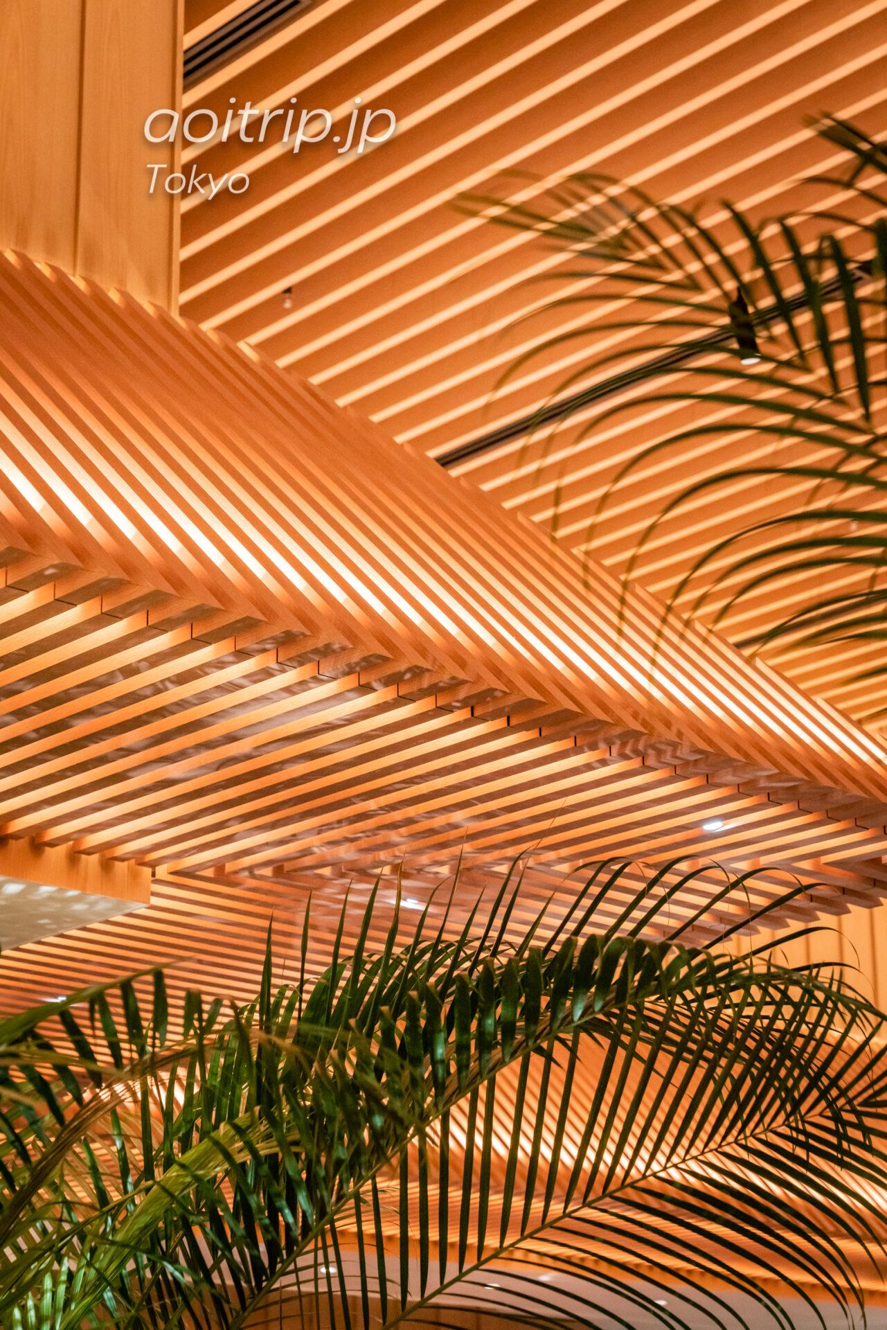 建築家 隈研吾氏が設計した寺院から着想を得た天井部の「大和張り」