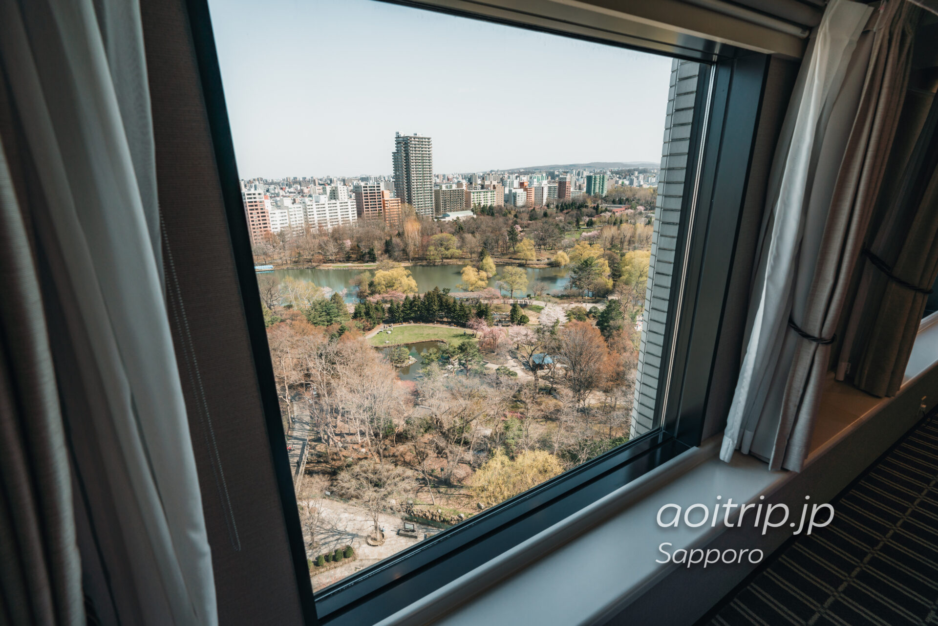 プレミアホテル中島公園 札幌 客室デラックスダブルから望む中島公園の眺望