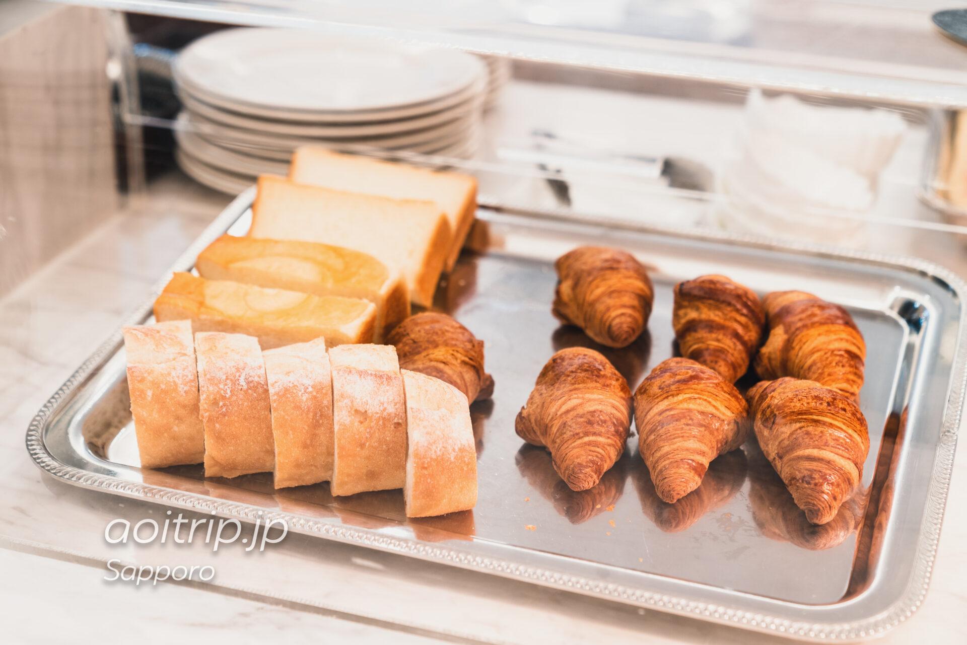 プレミアホテル中島公園 札幌 ビストロ ラ・プロヴァンスの朝食 パン