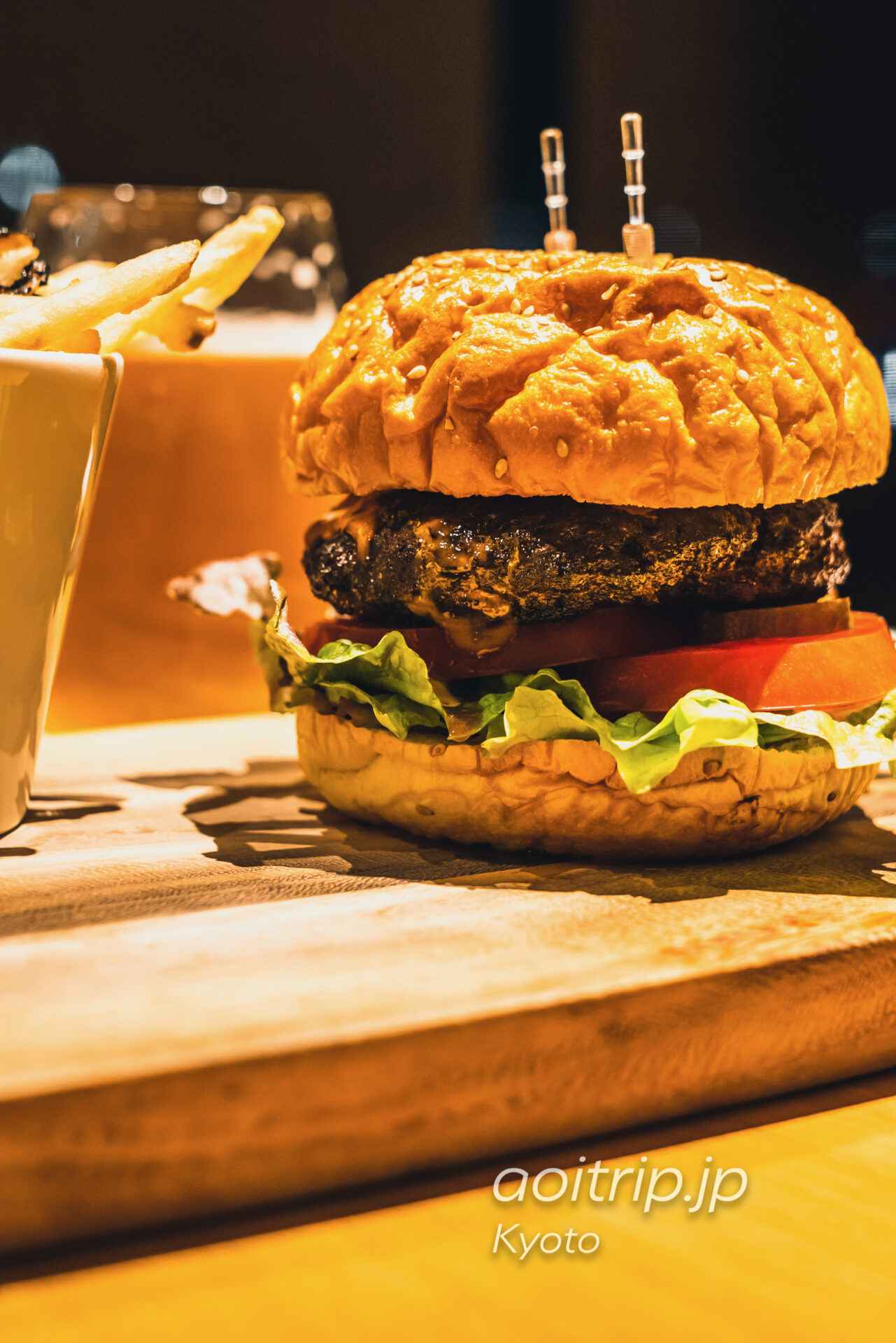 ザ リッツカールトン京都のインルームダイニンング シェフのおすすめ 黒毛和牛ビーフバーガー