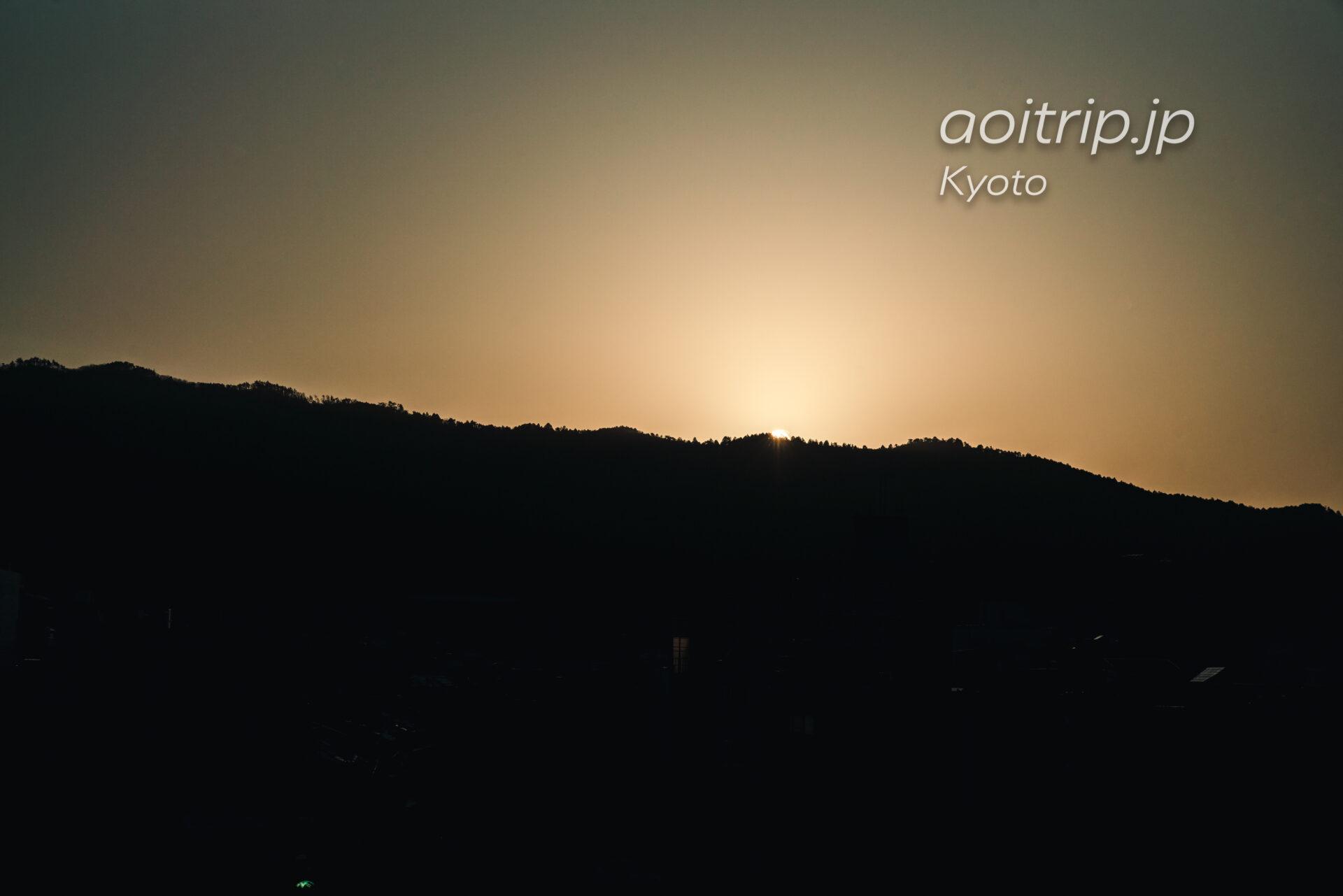 リッツ京都から望む朝日