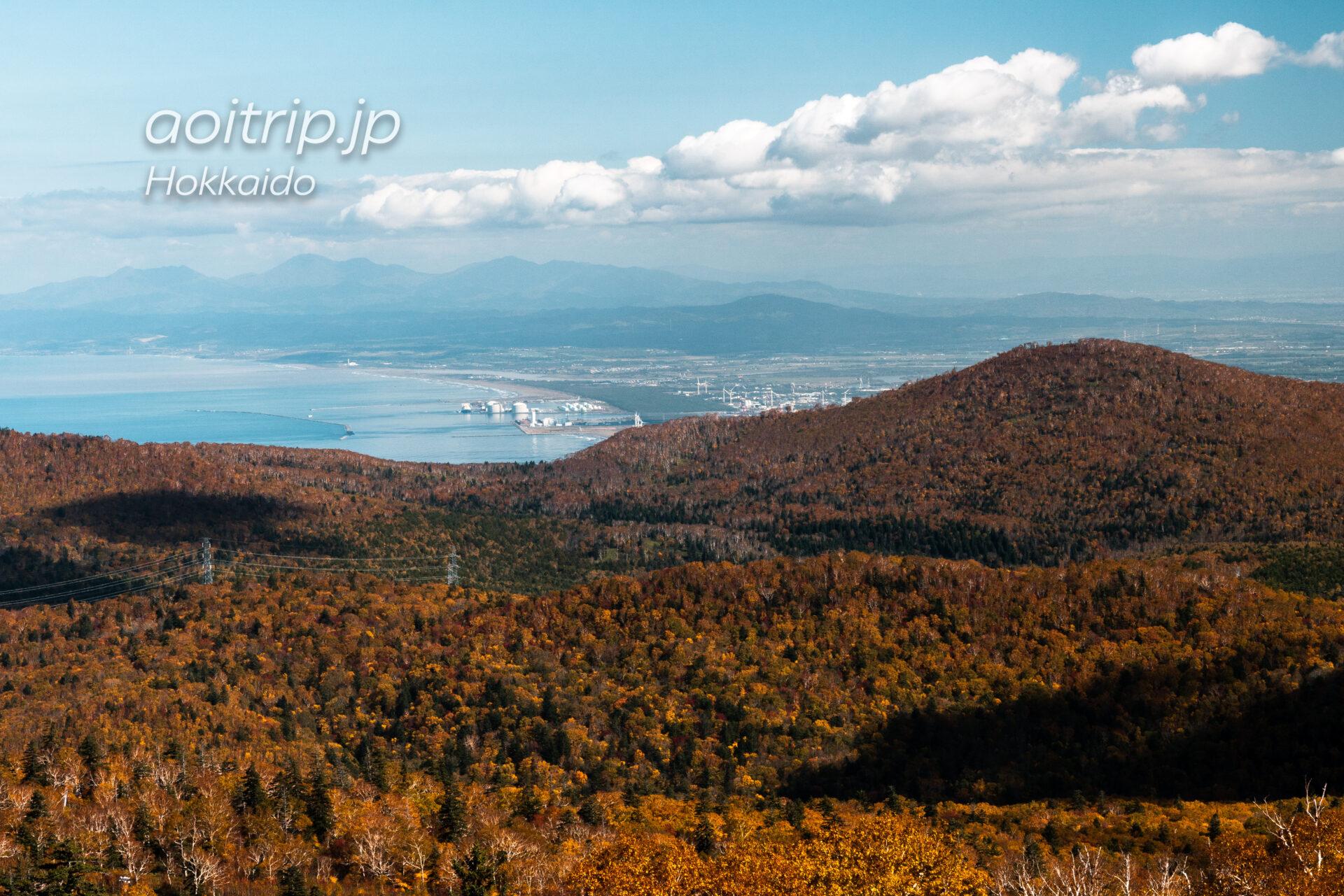 札幌国際スキー場から望む石狩湾